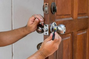 new lock installation (562) 475-4790